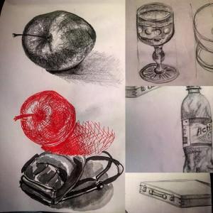 Тем временем я тщетно пытаюсь рисовать хоть что-то правильно... #зарисовка #зарисовки #рисунок #рисование #тушь #ручка #карандаш #ec #custodieva #sketch #sketchbook #sketching #apple #скетчи #скетч